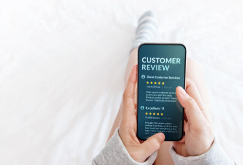 Customer Reviews & Social Media Presence